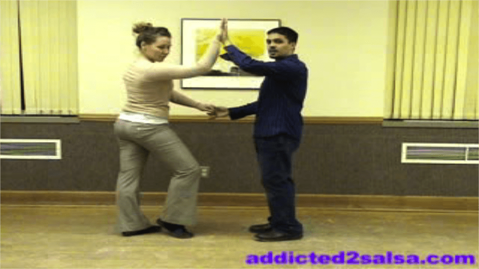 Como Bailar Salsa: Video de Pasos Basicos Salsa Dance Video