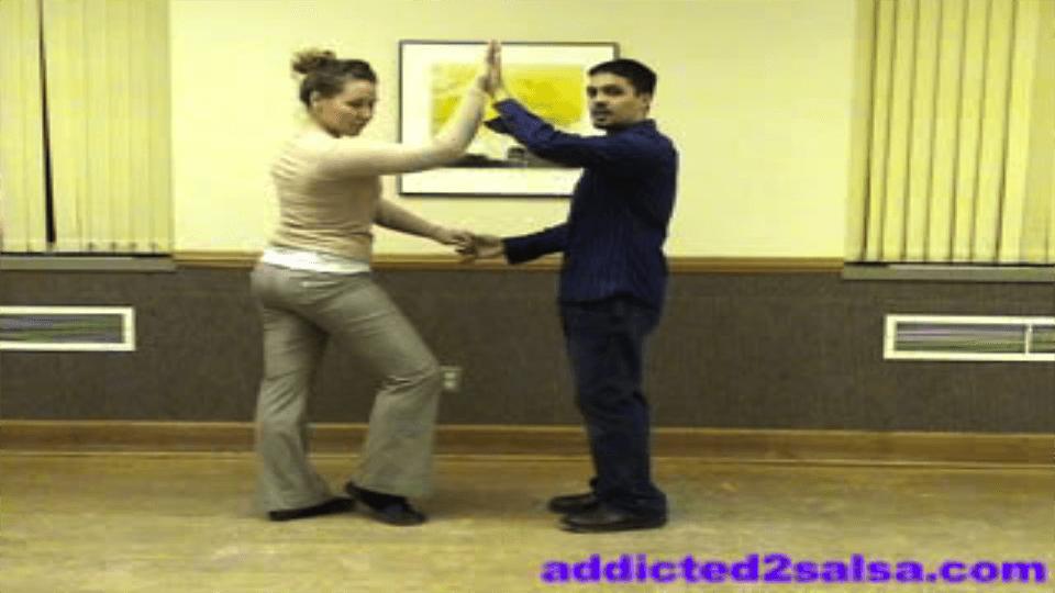 Apprendre à danser la Salsa en video: Pas de base Salsa Dance Video