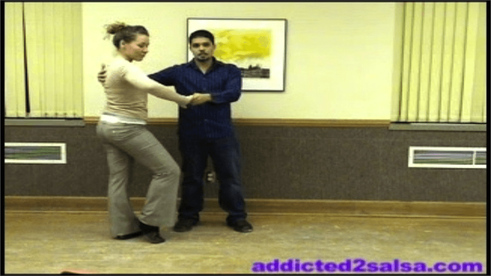 Apprendre à danser la Salsa en video : Croisement simple et quelques effets de style Salsa Dance Video