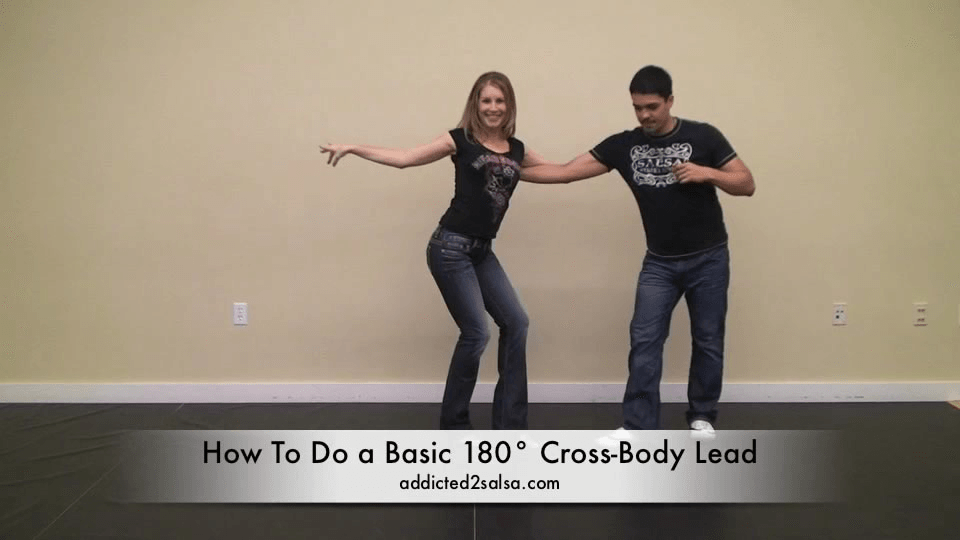 O 180° Cross Body Lead com Vire Salsa Dance Video