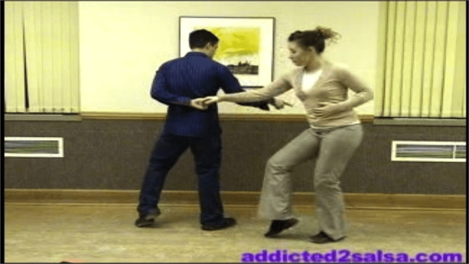 Un ingenioso patrón de salsa Salsa Dance Video